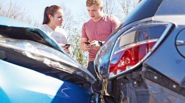 少数民族是否为汽车保险收取更多?