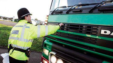 13英国英国卡车配有排放作弊设备