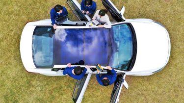 现代和起亚将太阳能充电技术应用于新车