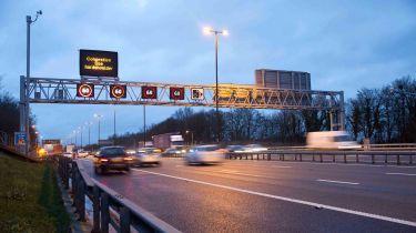 不到一半英国司机知道智能高速公路规则
